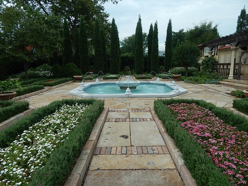Ottoman garden pond